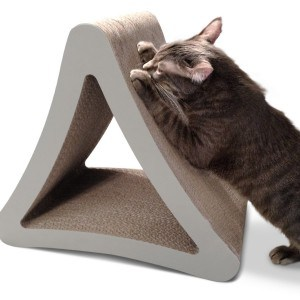 pet fusion 3 sided vertical cat scratching post